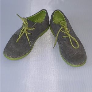 A.X.N.Y Gray and Lime Wingtip boys shoes